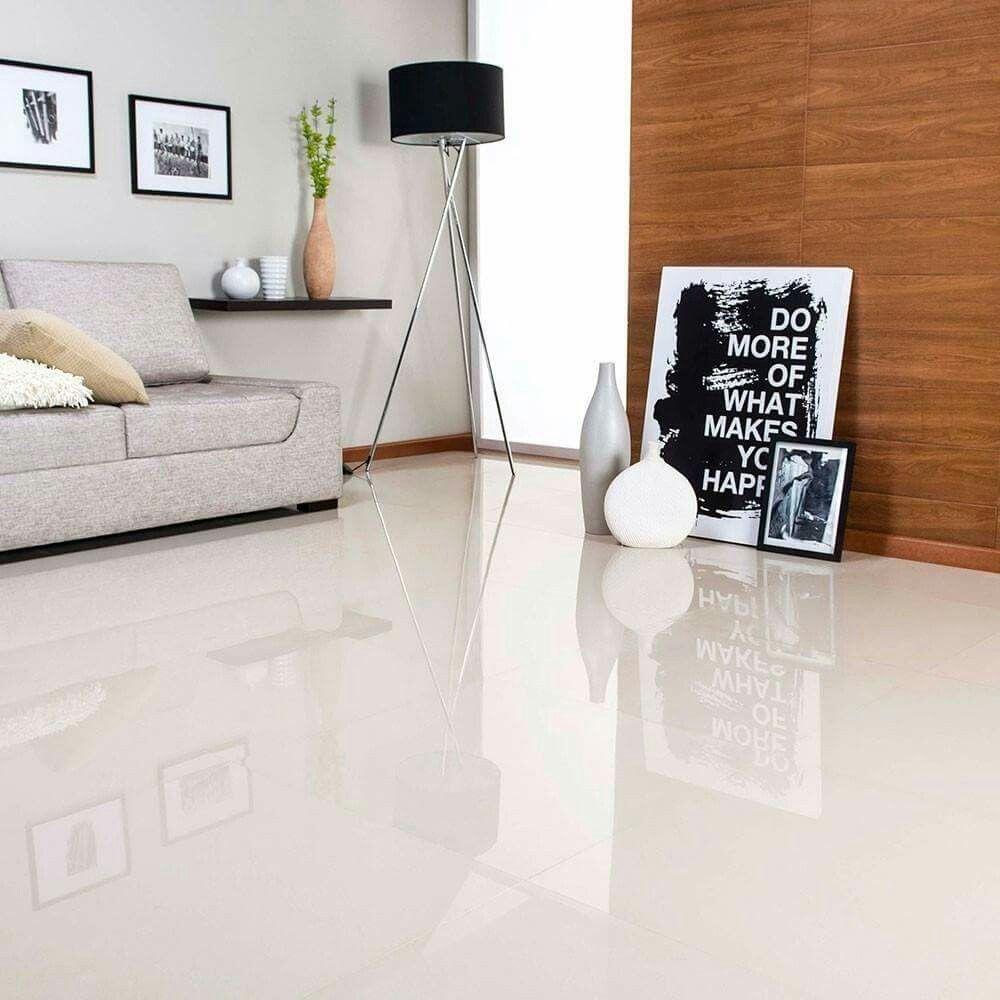 Pared clara piso claro detalles en madera sof gris for Vitropiso para sala