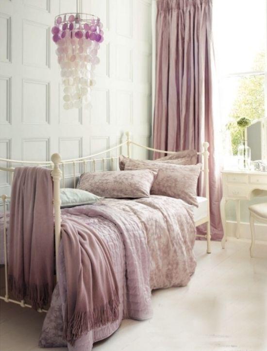 retro design schlafzimmer gestalten in fliederfarbe | interior ...