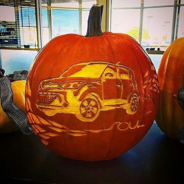 Take Pumpkin Carving to the Next Level With These Stylish Ideas - halloween decorations for your car