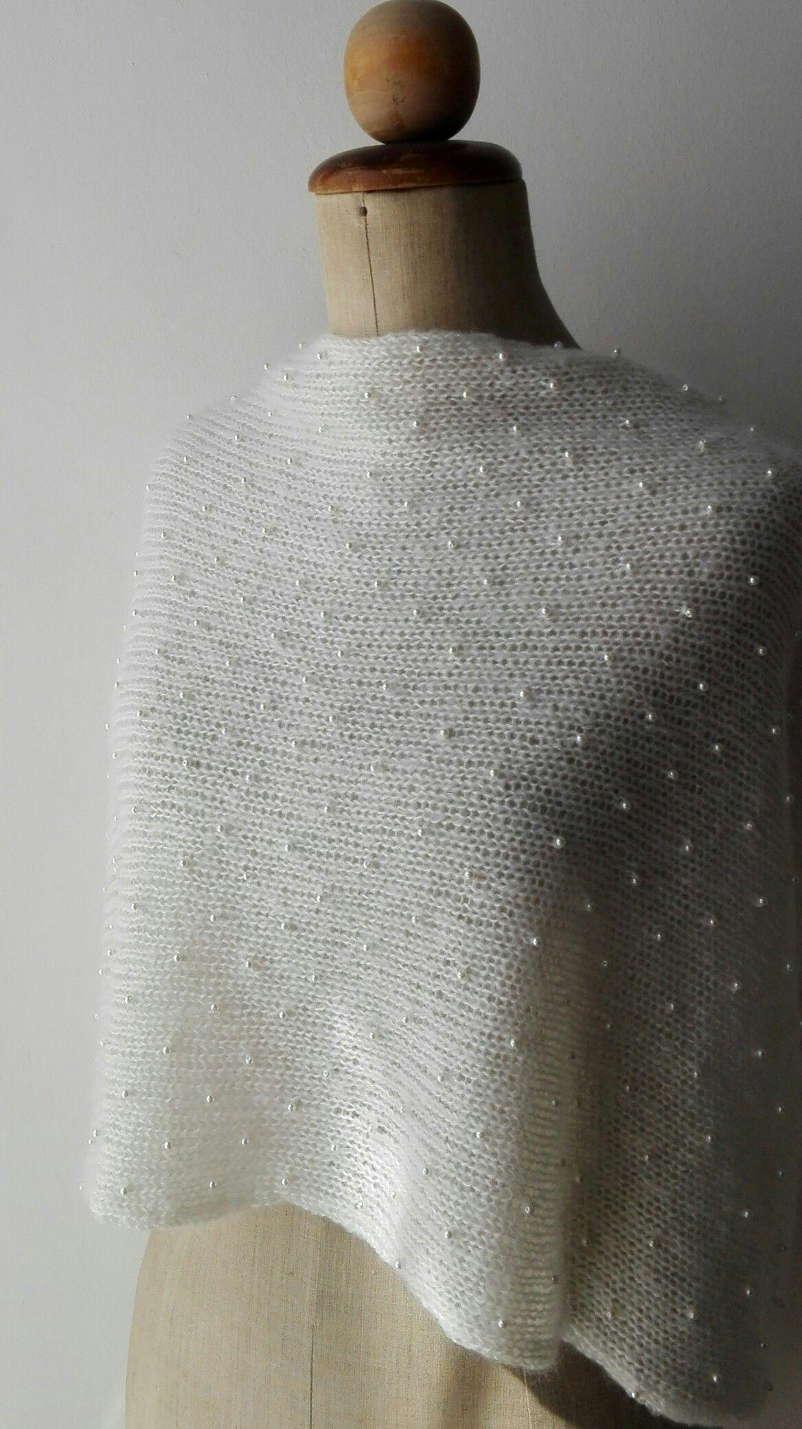 il migliore dettagli per design raffinato Stola in mohair e seta ricamata con perline incrociata nel dietro ...