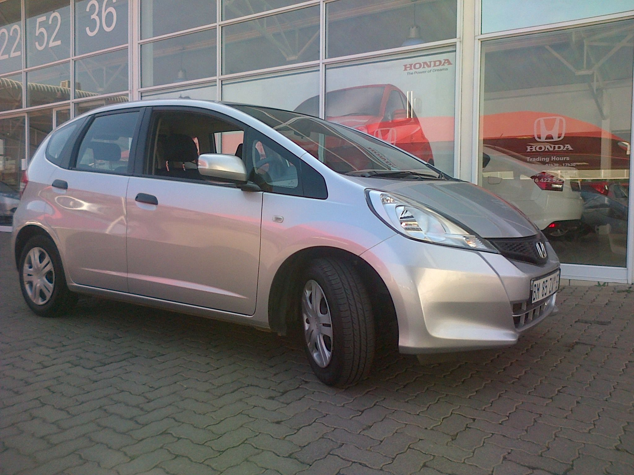 User Guide · 2011 HONDA JAZZ 1.3 TREND, MANUAL, 50000KM'S, R118900.00,  CONTACT TANYA