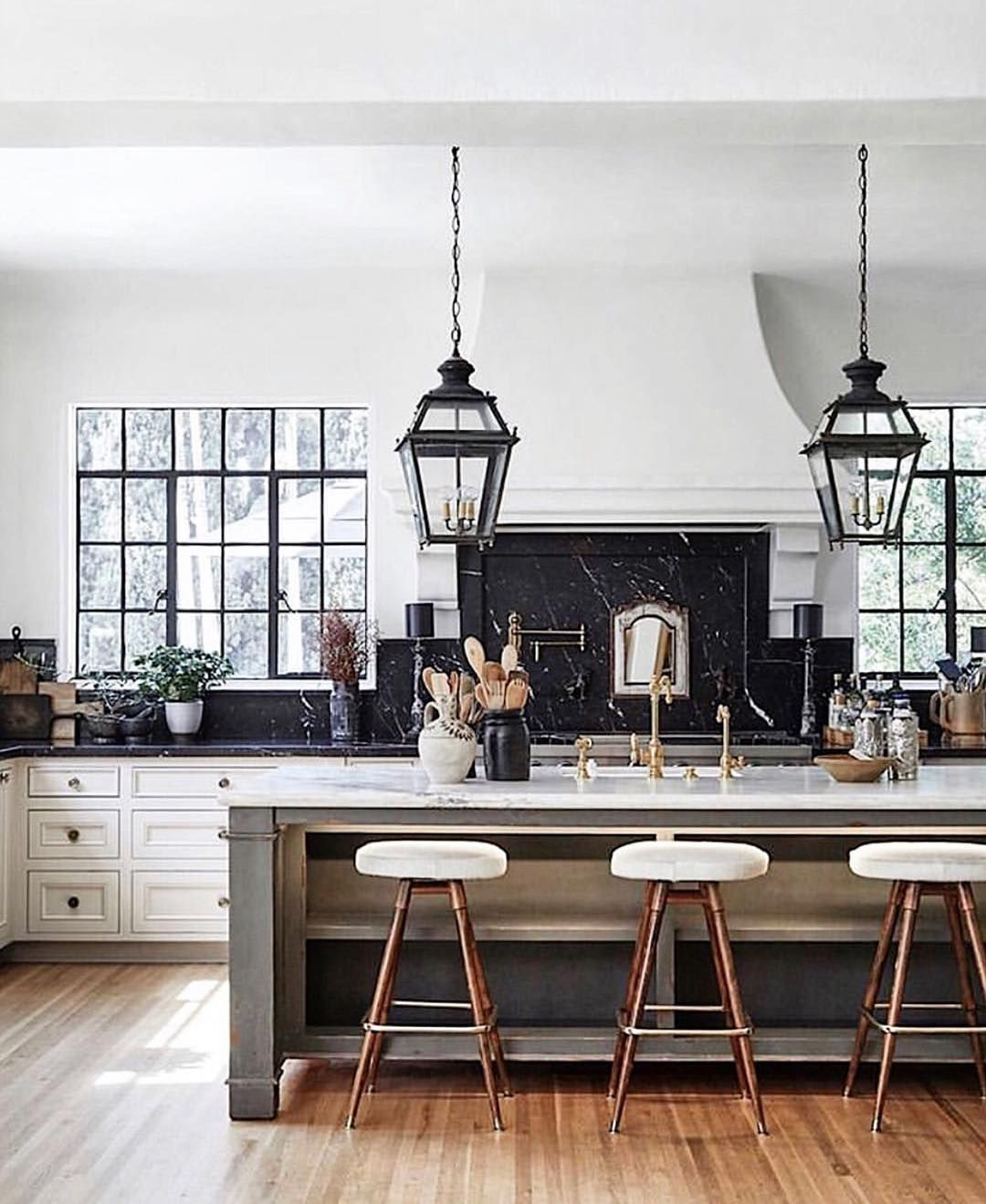 """greigedesign on Instagram: """"Completely 100% in love with this kitchen 🖤.  Happy thanksgiving week! Im…   Luxury kitchens, Interior design kitchen,  Kitchen interior"""