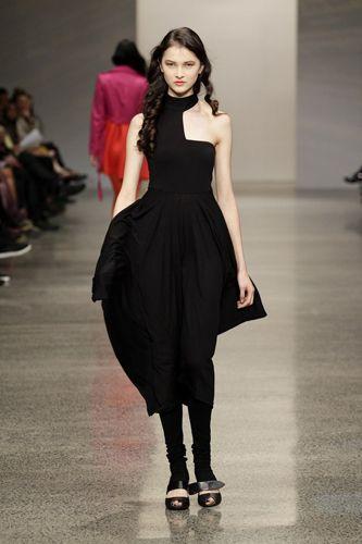 Best Of New Zealand Fashion Week New Zealand Fashion Designers Fashion Fashion Design Dresses