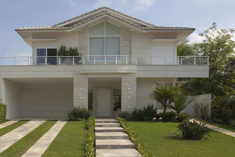 Resultado de imagem para fachadas de casas fachadas de for Fachadas de casas americanas