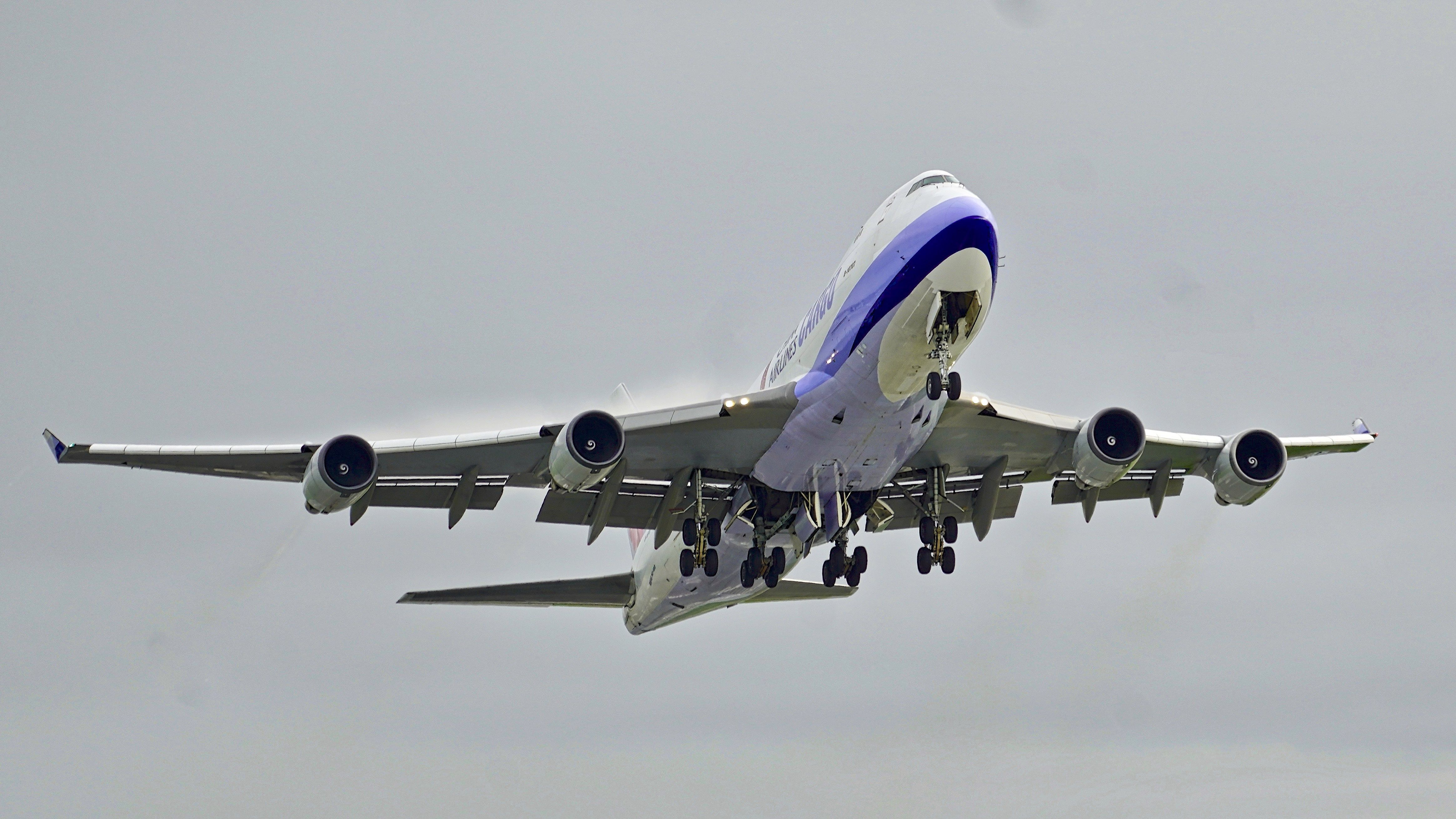 2001 china airlines cargo boeing 747400 b18707 cn 30764