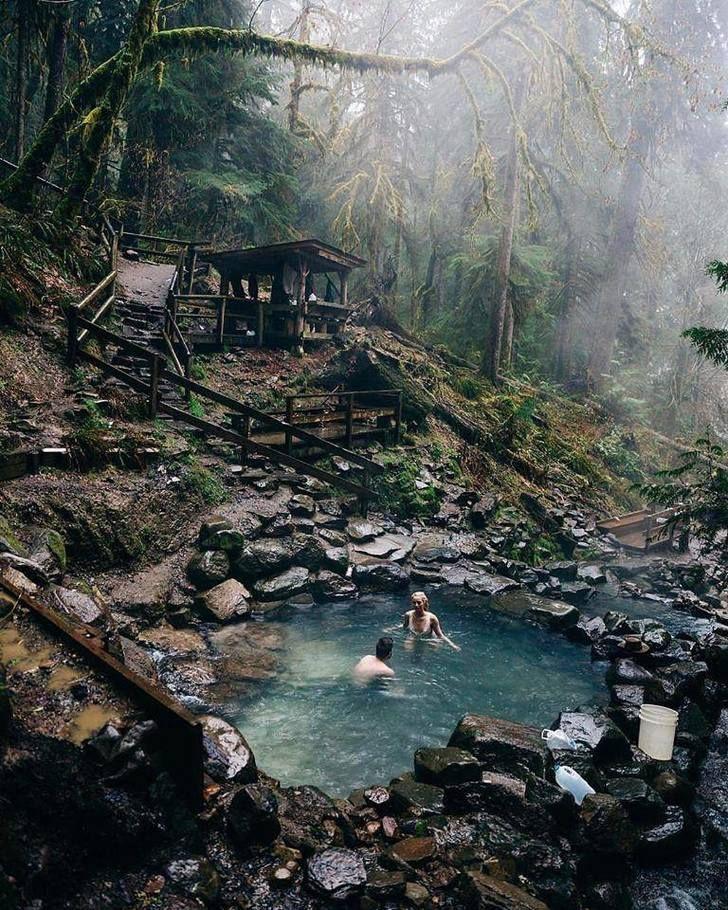 Hidden hotsprings in Oregon.