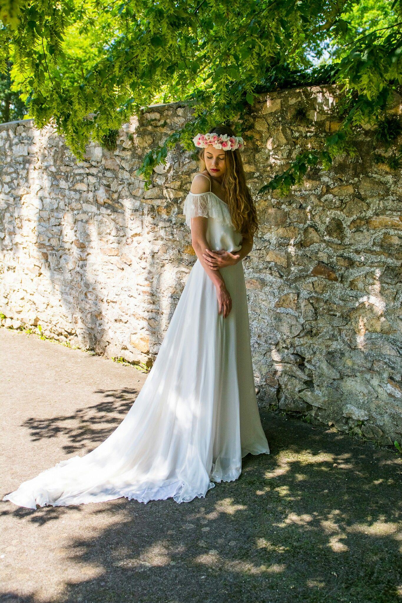 Nouméa collection 2017 #adelinebauwin #adelinebauwin17 #weddingdress #wedding #lace #dentelle #bride #bridetobe #robedemariee #madeinfrance #mariage #mariee #blondieconfettis