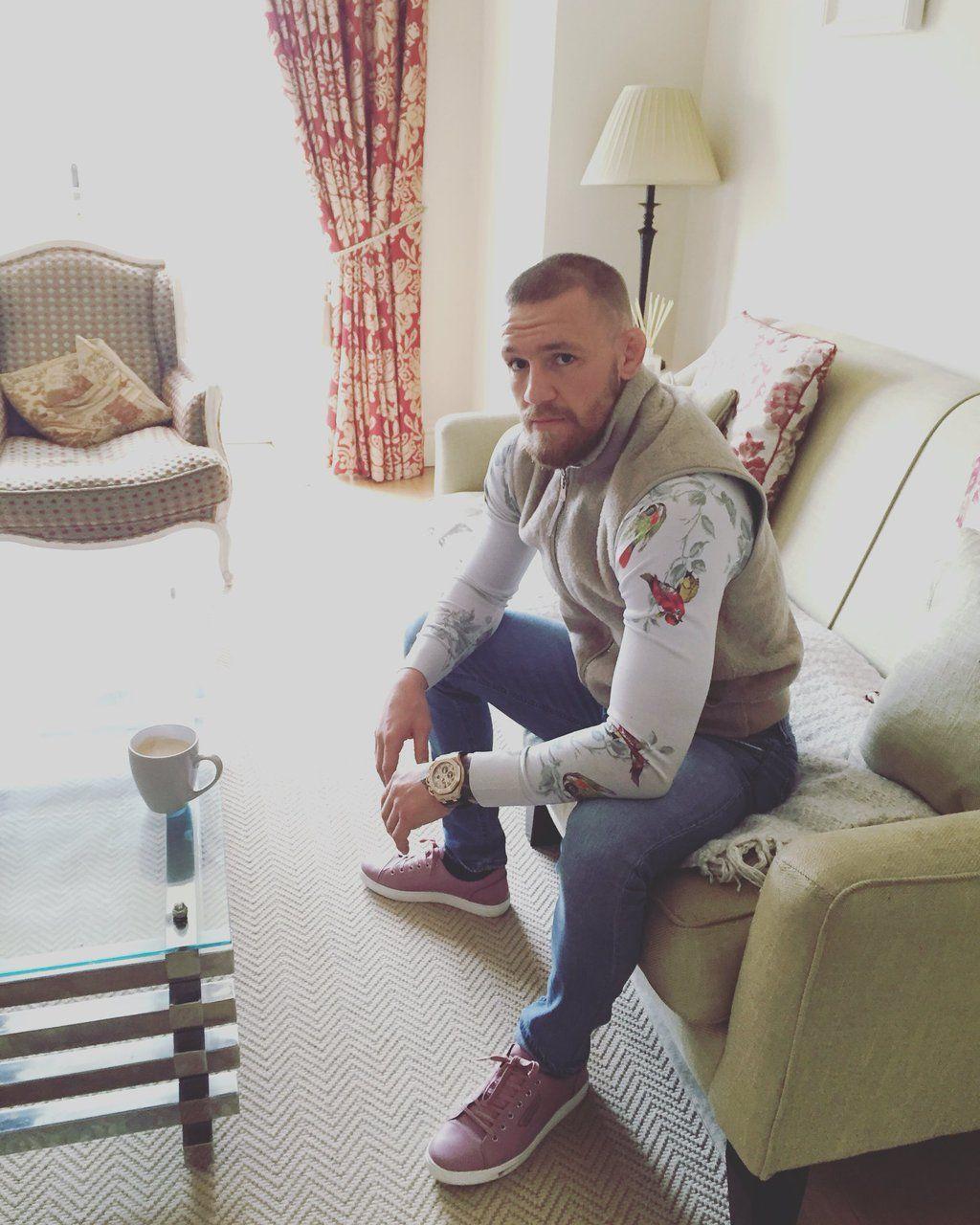 "Conor McGregor on Twitter: ""Today's money shot with today's triple shot! #TheFruits #EnjoyThem https://t.co/DqpqKZGivj"""