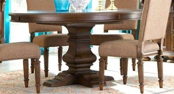 Broyhill Furniture Lyla Extendable Round Dining Table 4912 530 550 Dining Table Broyhill Furniture Round Dining Table