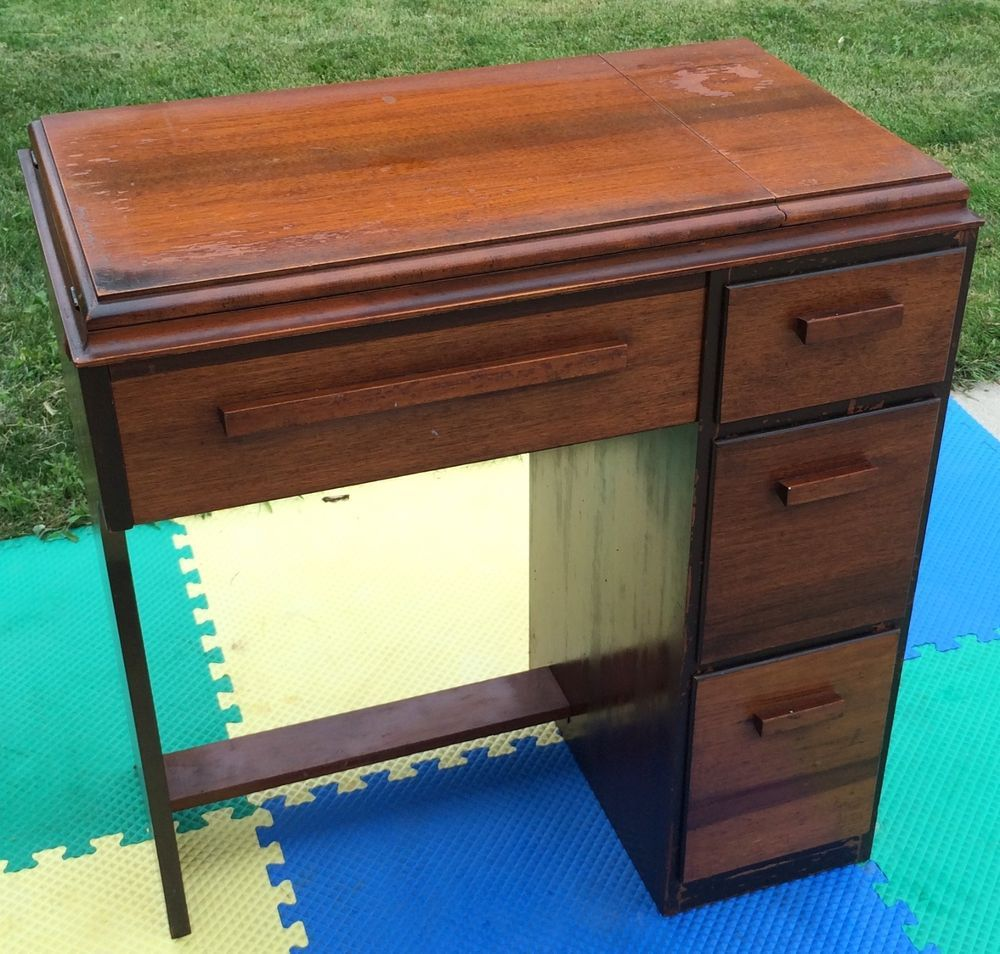 Empty Singer Sewing Machine Cabinet Desk Table 15 90 91 125 66 201 2 306  319 101