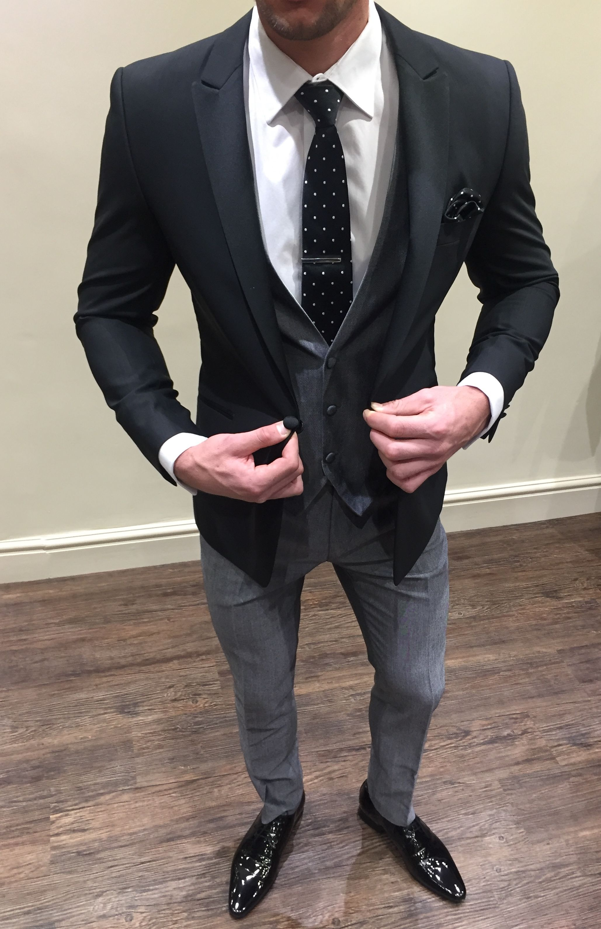 Slim Fit Black Jacket With Contrast Grey Waistcoat And Trousers Groom Wedding Suit Tailored Suit Grey Suit Wedding Black Suit Jacket Wedding Suits Men [ 3177 x 2058 Pixel ]