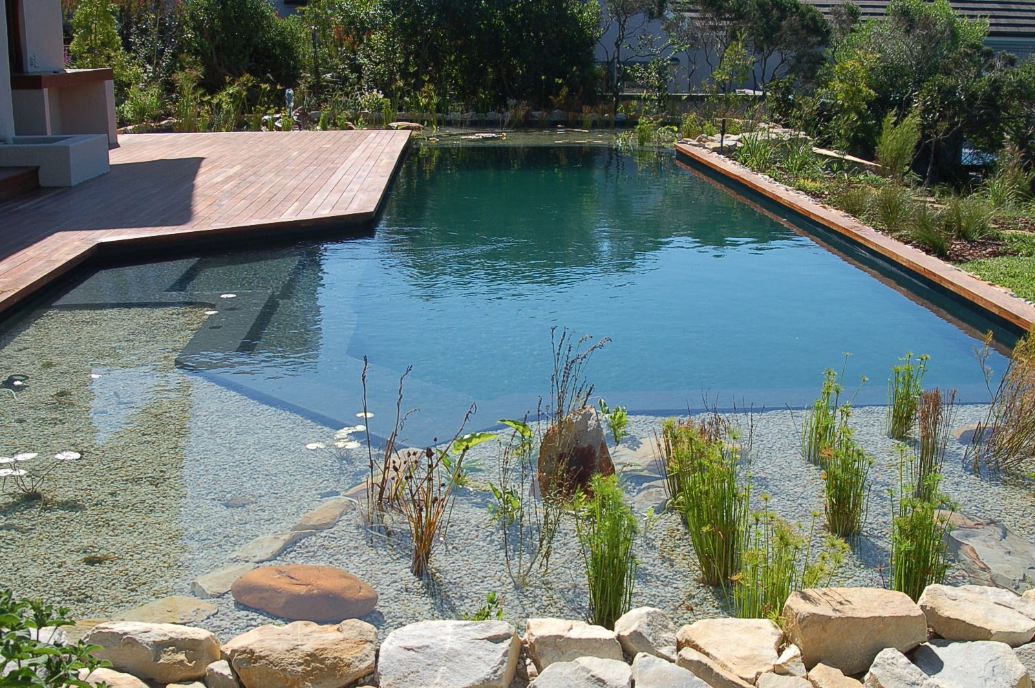 schwimmteich selber bauen 13 m rchenhafte gestaltungsideen hausbau pinterest schwimmteich. Black Bedroom Furniture Sets. Home Design Ideas