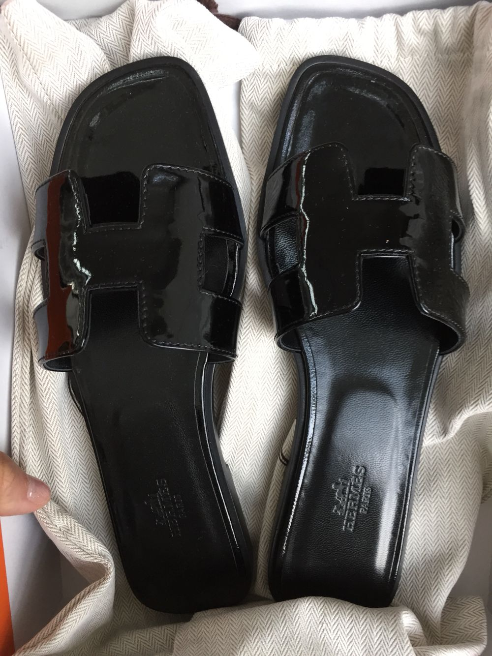 763714ad46eb Brand new hermes oran in shiny black size 37.5 selling at only  700 ...
