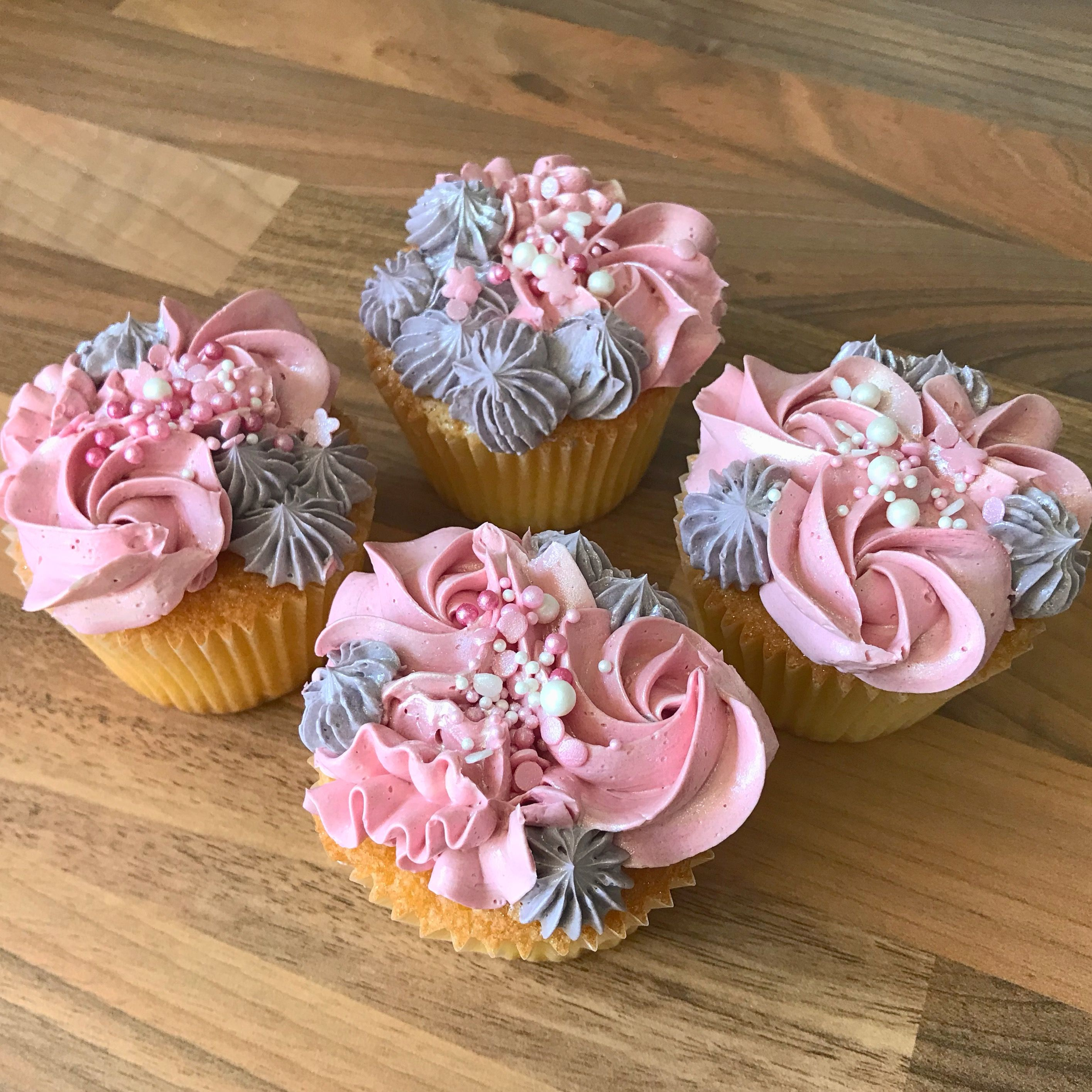 Pin by Cindy Pickering on Cupcakes Desserts, Cupcakes, Food