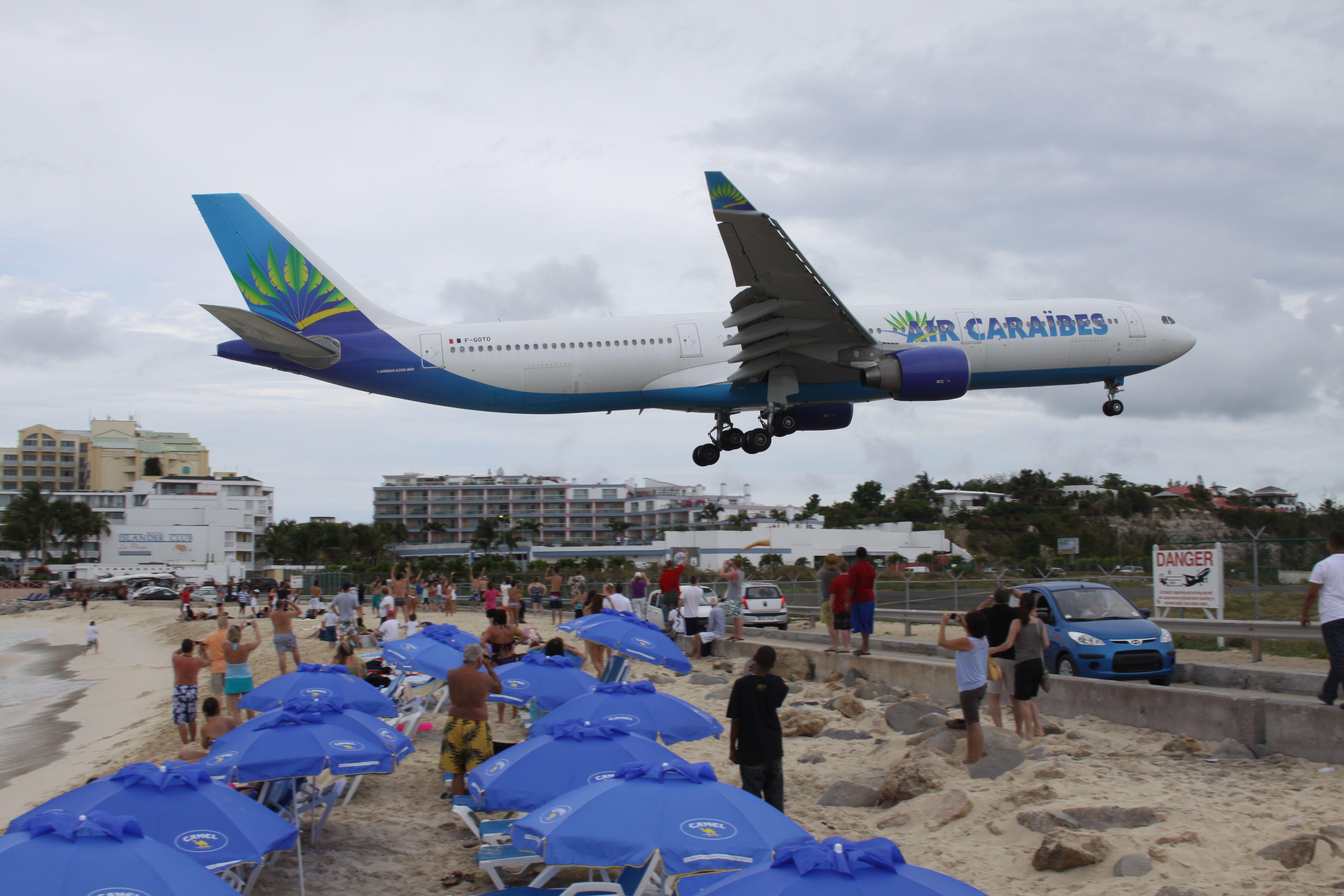 St. Maarten Princess Juliana International Airport SXM...mind your head :-D