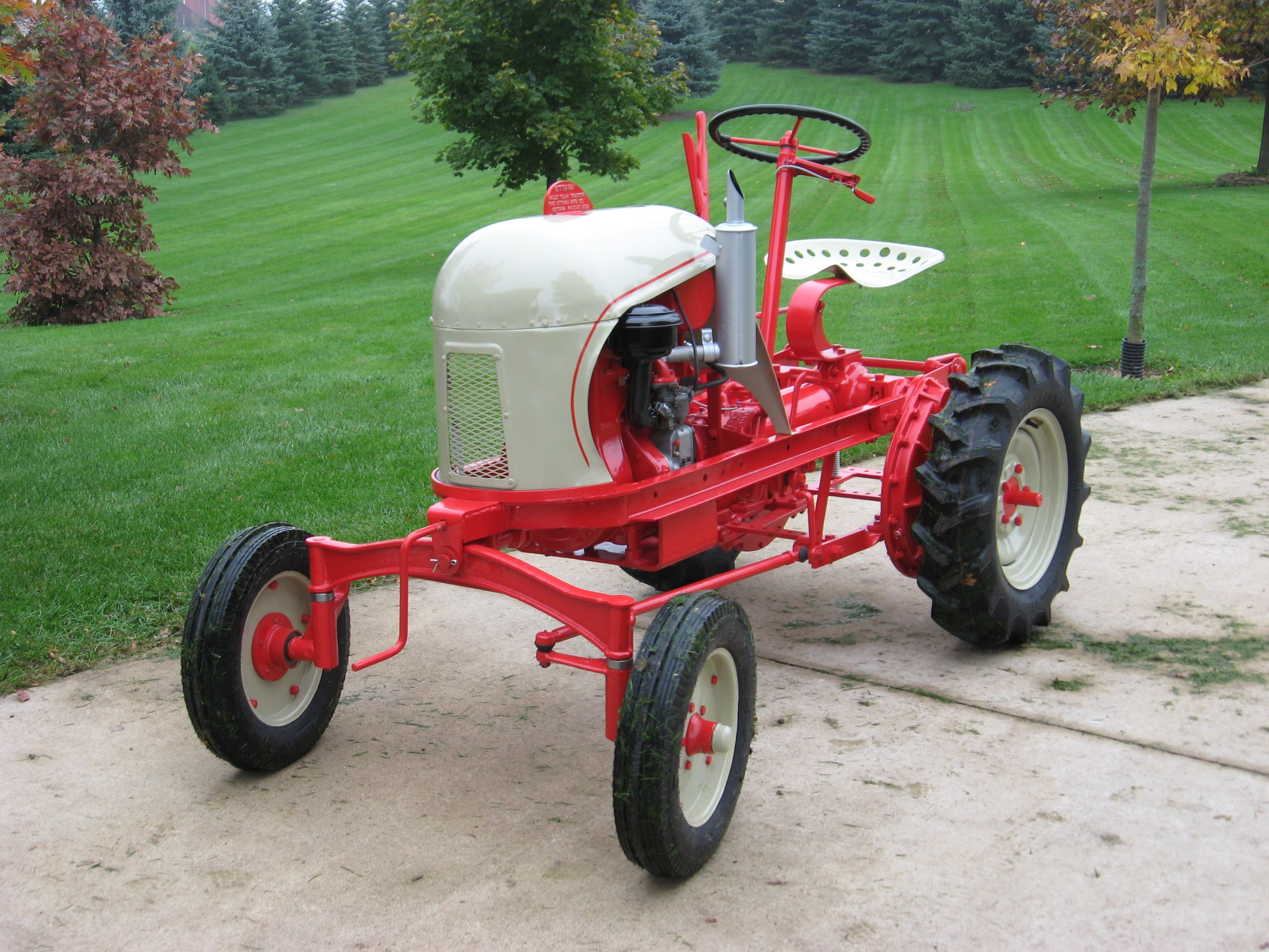 Ottawa Mule Team Tractor Tractors Old Tractors Tractor Mower