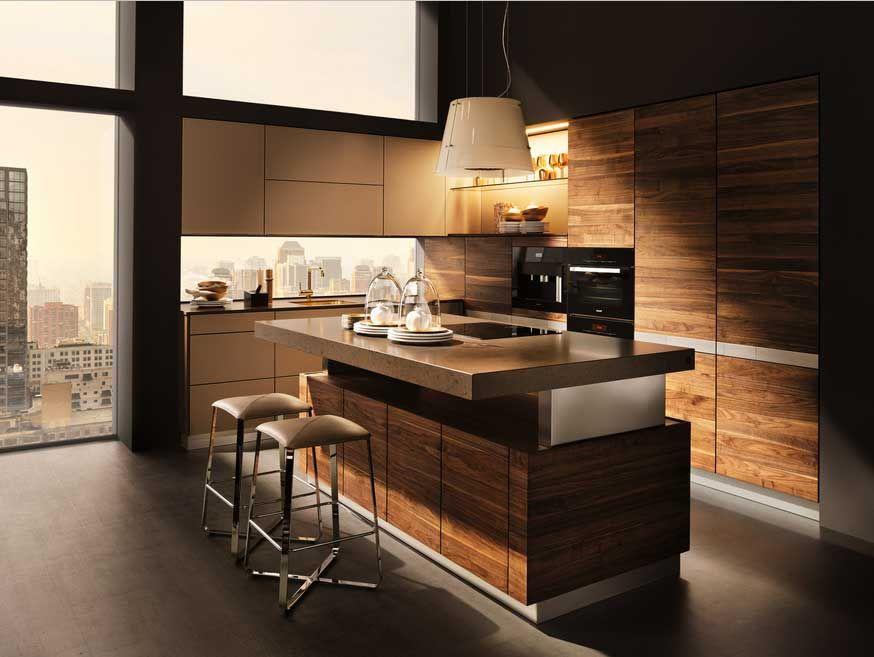 Funktionelle Küchenmöbel Ideen Kücheninsel mit höhenverstellbare - holzdielen in der küche