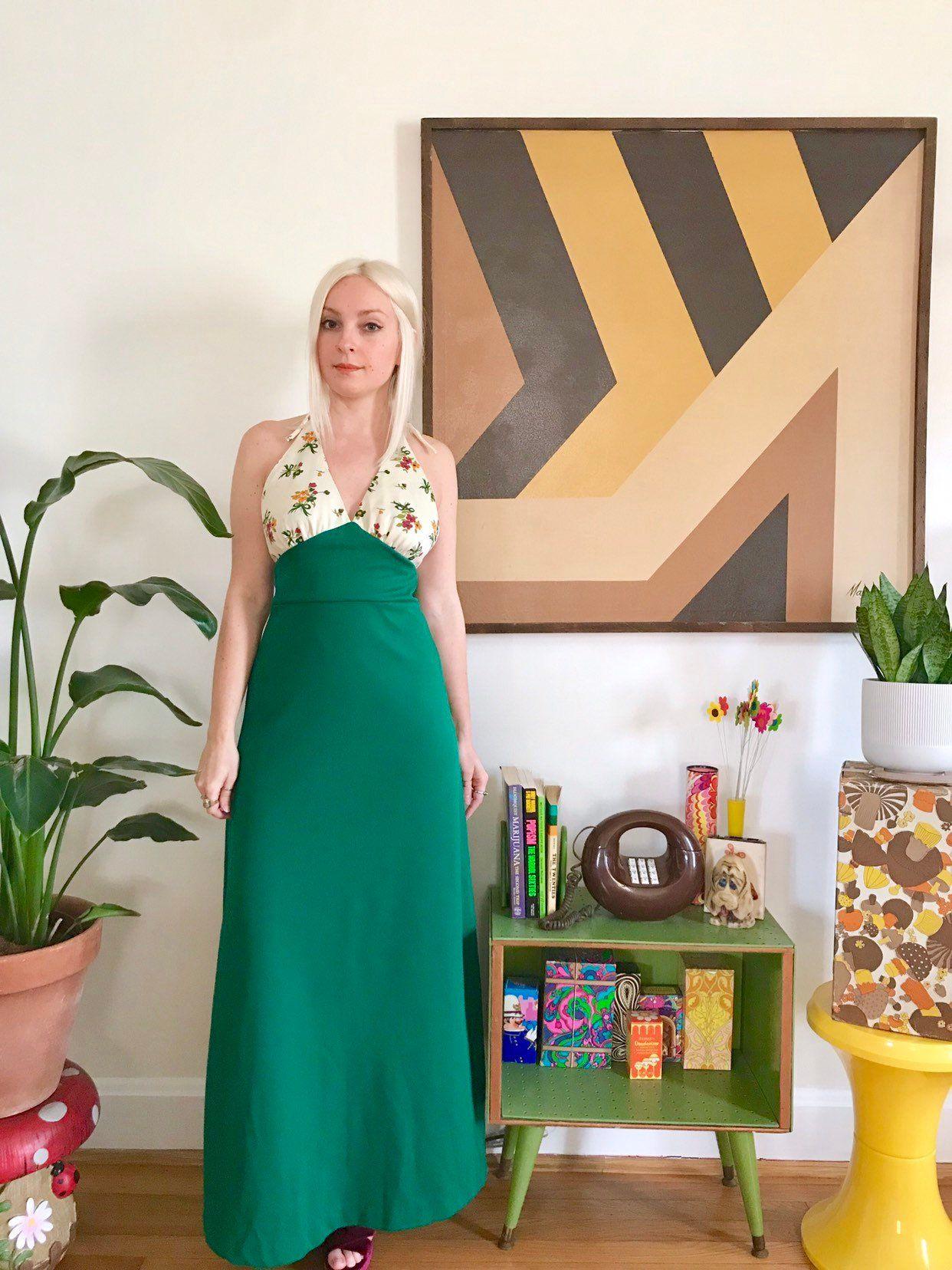 Vintage 1970s Floral Halter Back Maxi Dress Dark Green Skirt Etsy Dark Green Skirt Hippie Dresses Green Maxi Skirt [ 1656 x 1242 Pixel ]