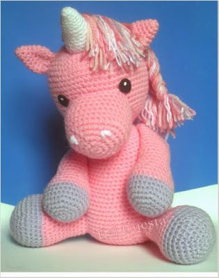 A free piece of crochet that can let your children happy ... A beautiful unicorn in crochet free pattern for their children to play You can... #crochetamigurumifreepatterns