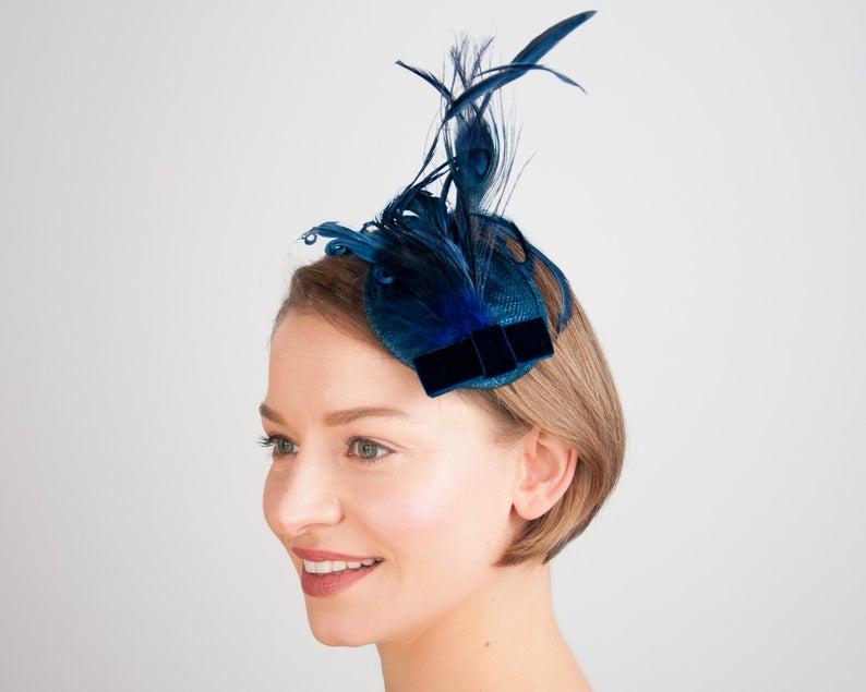 Fascinator Blau Kopfschmuck Haarschmuck Dunkelblau Vintage Kopfschmuck Trauzeugen Outfit Hochzeit Geschenk Fur Sie Madchen Damen Dark Blue Hair Blue Hair Accessories Blue Hair