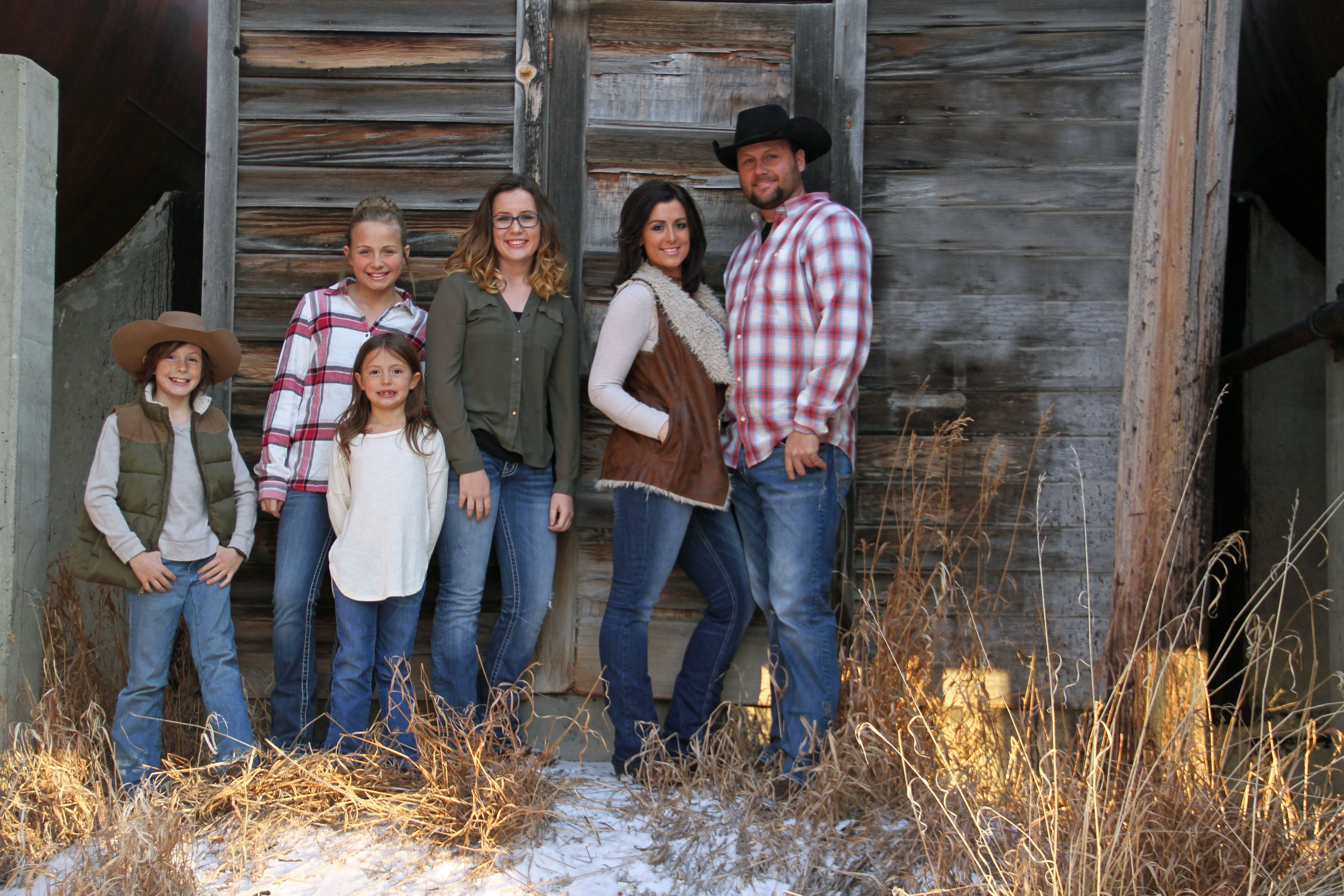 Family Photo Photography Family Pictures Family Poses Outdoor
