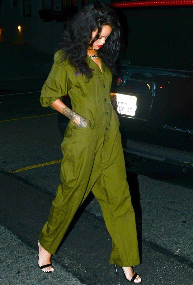 b431d9636a Rihanna at Il Ristorante di Giorgio Baldi in Santa Monica on June 19 ...