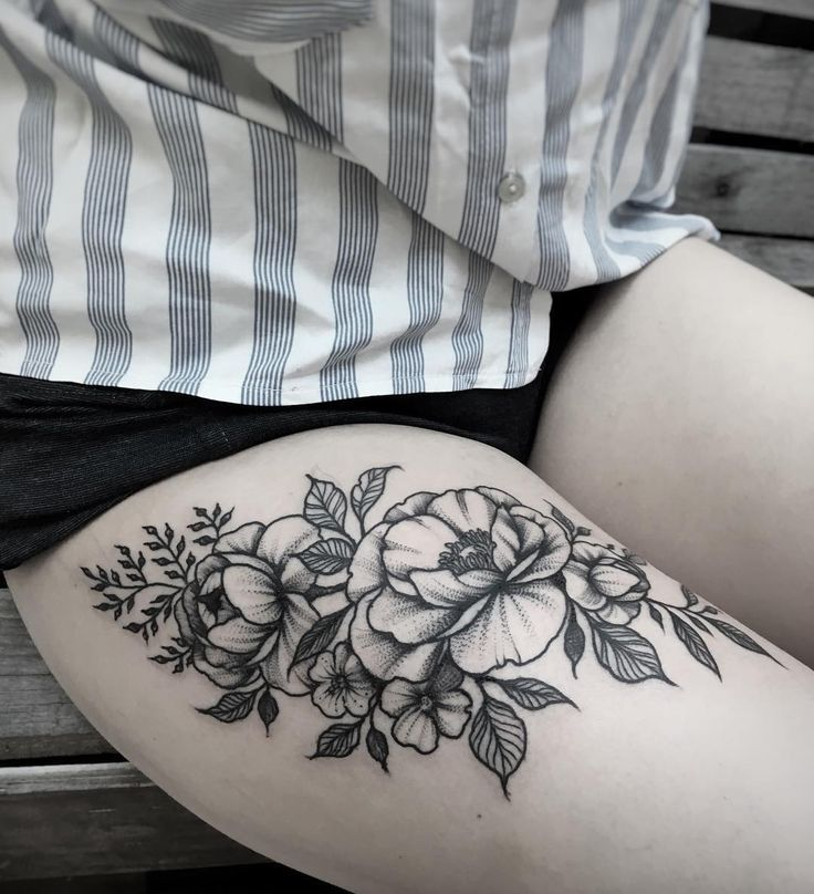 Photo of Image result for floral thigh tattoo