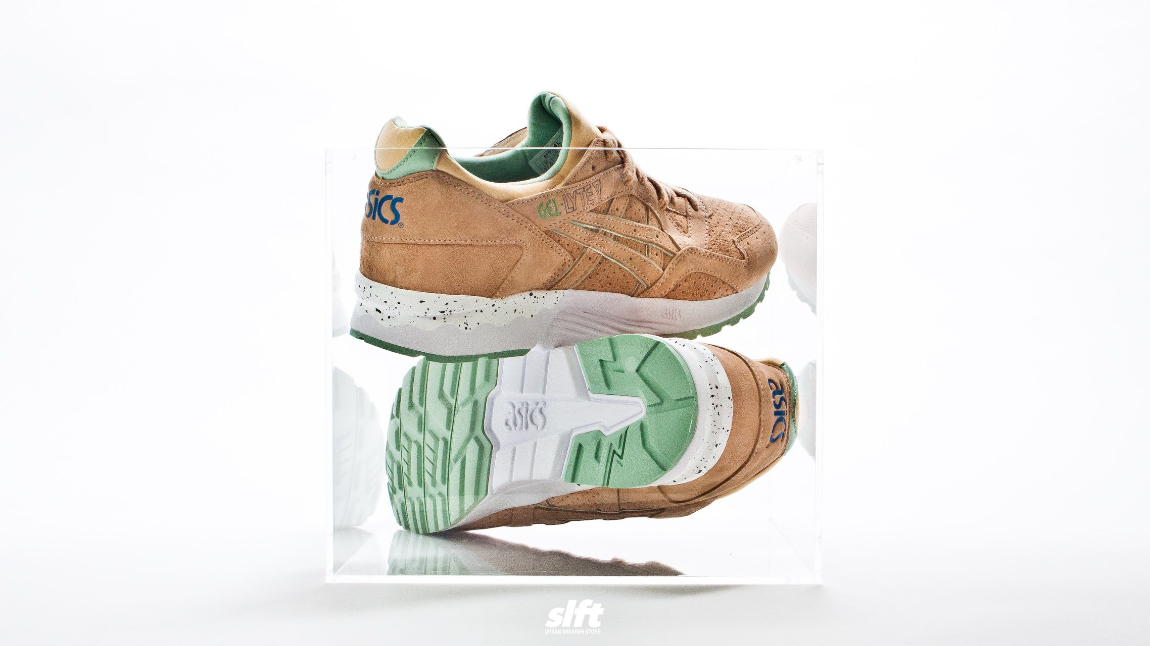 "Der Gel-Lyte V ""Sunburst"" aus dem April Showers Pack von asics, ab dem 01.04.2016 inStore und onLine auf www.soulfoot.de erhältlich!  Sizerun: EU 36,5 - 44  €130  #asics #gellyte #gl5 #aprilshowers #sneaker #soulfoot #slft"