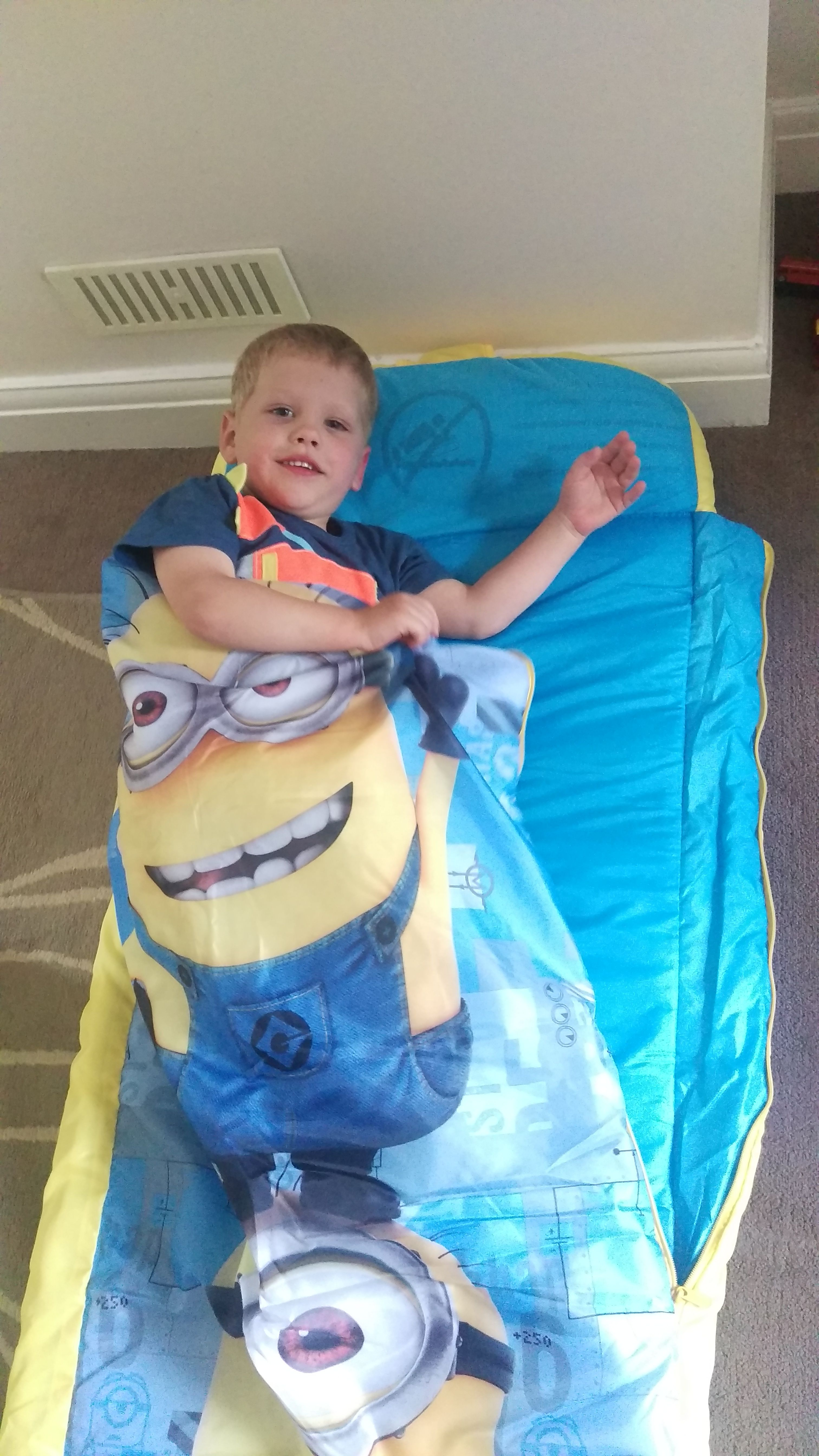 Despicable Me Readybed For The Minion Mad