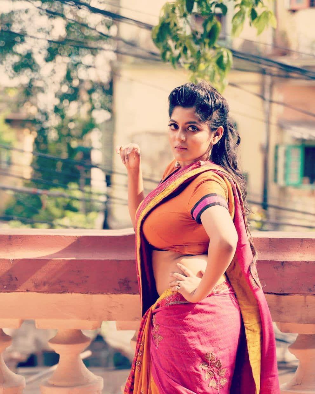 Beautiful tamilnadu woman nute cums
