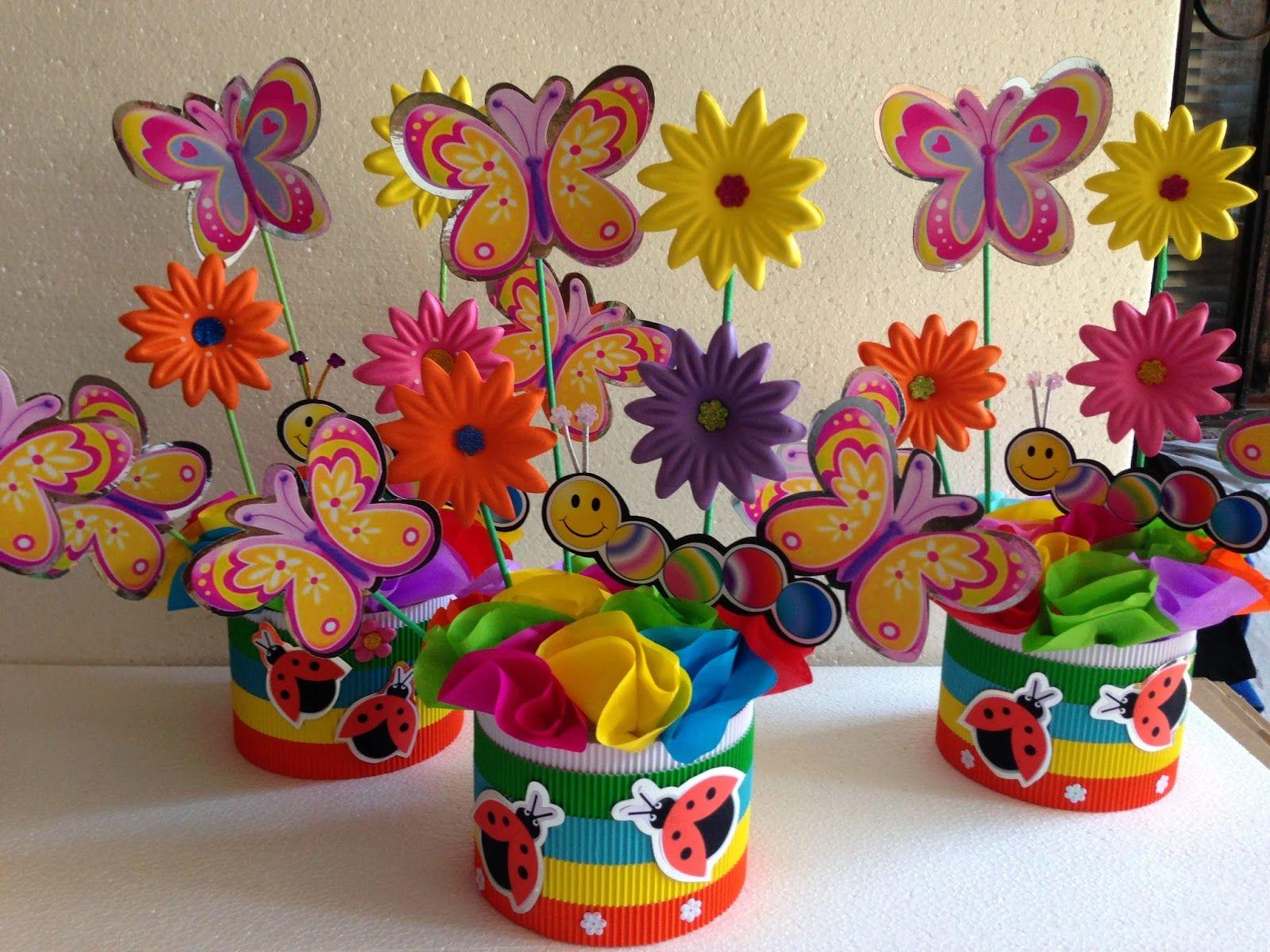 Decoraciones de fiestas mariposas y flores buscar con for Decoracion de pinatas infantiles
