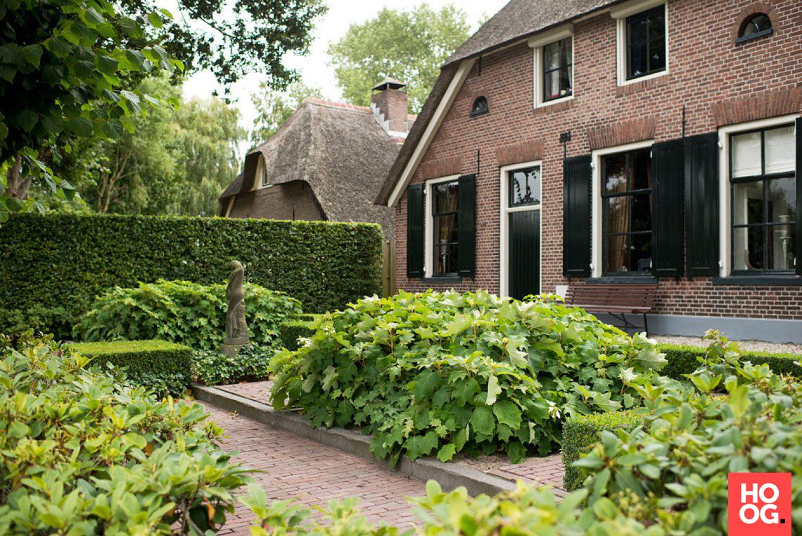 Buytengewoon villatuin elburg hoog □ exclusieve woon en tuin
