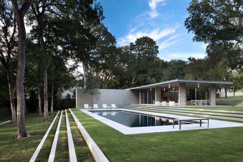 You Can Now Live Inside A Glass Home Originally Designed For The Lincoln Center Modern Landscape Design Modern Landscaping Pool Landscaping