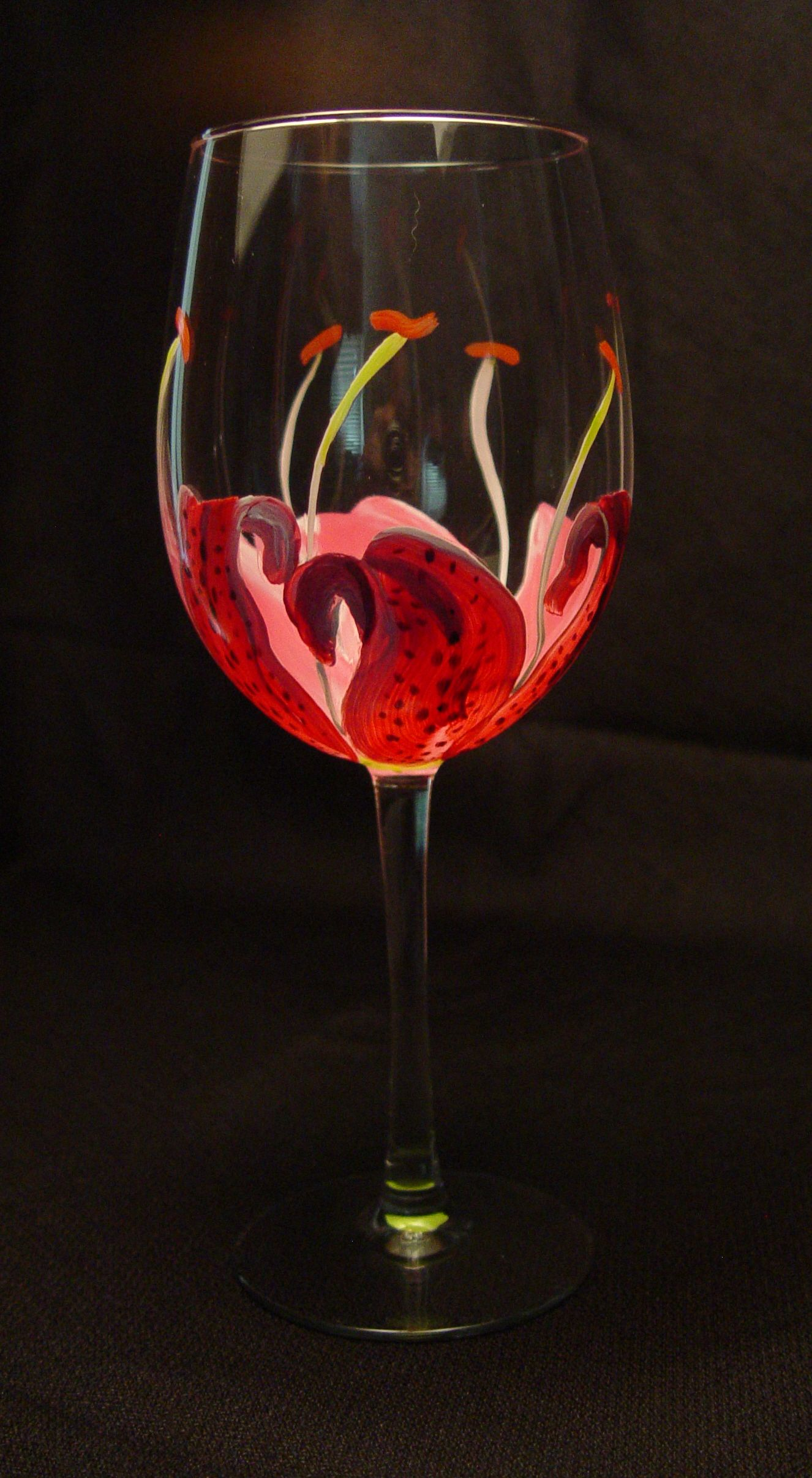 Pink Moon Gazer Lily Wine Glass Is Hand Painted To Look As Lovely View From The Inside As It Is Fro Painted Wine Glasses Hand Painted Wine Glasses Glass Paints