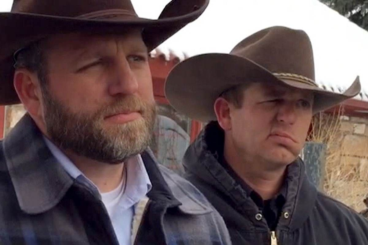 There is no Siege nor an Overthrow of the Government in Oregon – But there is an Unconstitutional Sheriff and Patriotic Militia   Written by: Tim Brown  Published on: January 4, 2016   Read more at http://sonsoflibertymedia.com/2016/01/there-is-no-siege-nor-an-overthrow-of-the-government-in-oregon-but-there-is-an-unconstitutional-sheriff-and-patriotic-militia/
