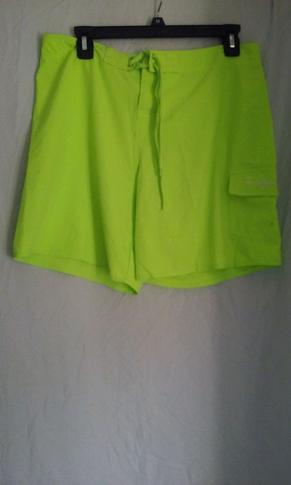 Neon Lime Green Sports Bras. shorts workout workout neon green sports bra nike water bottle skinny fitness body. nike sports bra sportswear fitness nike sportswear just do it grey neon green neon green.