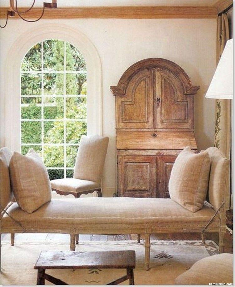 40 Incredible European Farmhouse Living Room Design