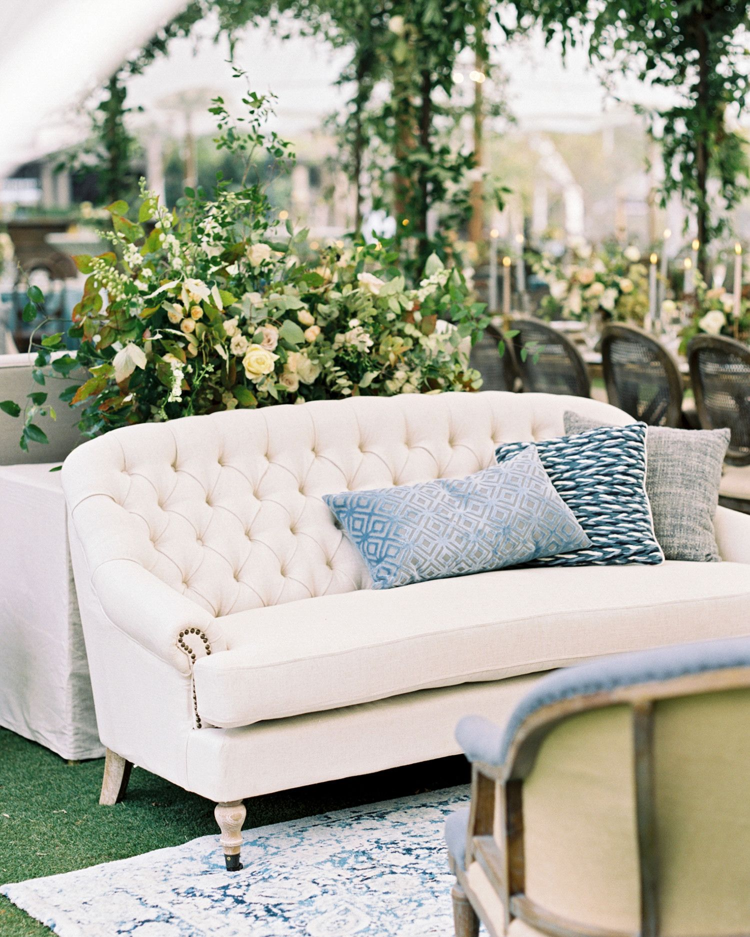 one couple s elegant lakeside wedding in south carolina wedding rh pinterest com