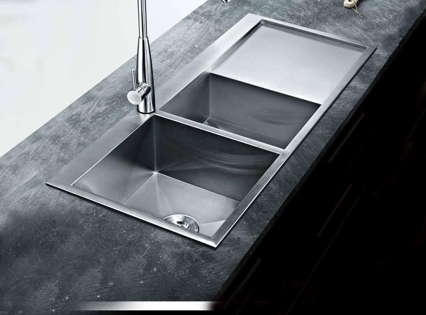 Laguna Single And A Small Countertop Sink With Drainer 1000x510x220mm  Includes Colander U0026 Prep Board Accessories