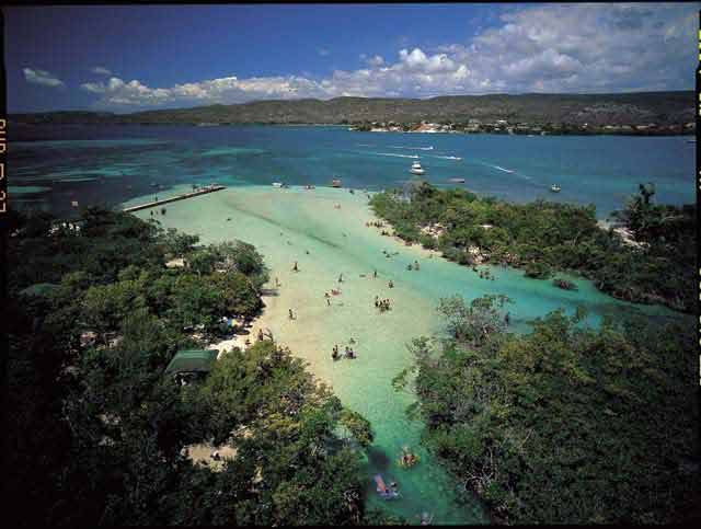 gilligan s island in puerto rico off the coast of guanica the rh pinterest com is puerto rico an island or a country