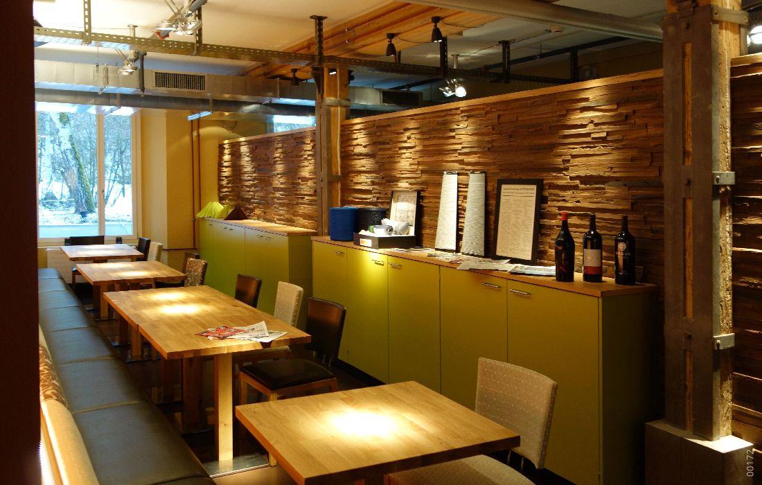 Restaurant Holzoptik Mit Plywood Pino Restaurant Bar Steinpaneele Raumgestaltung
