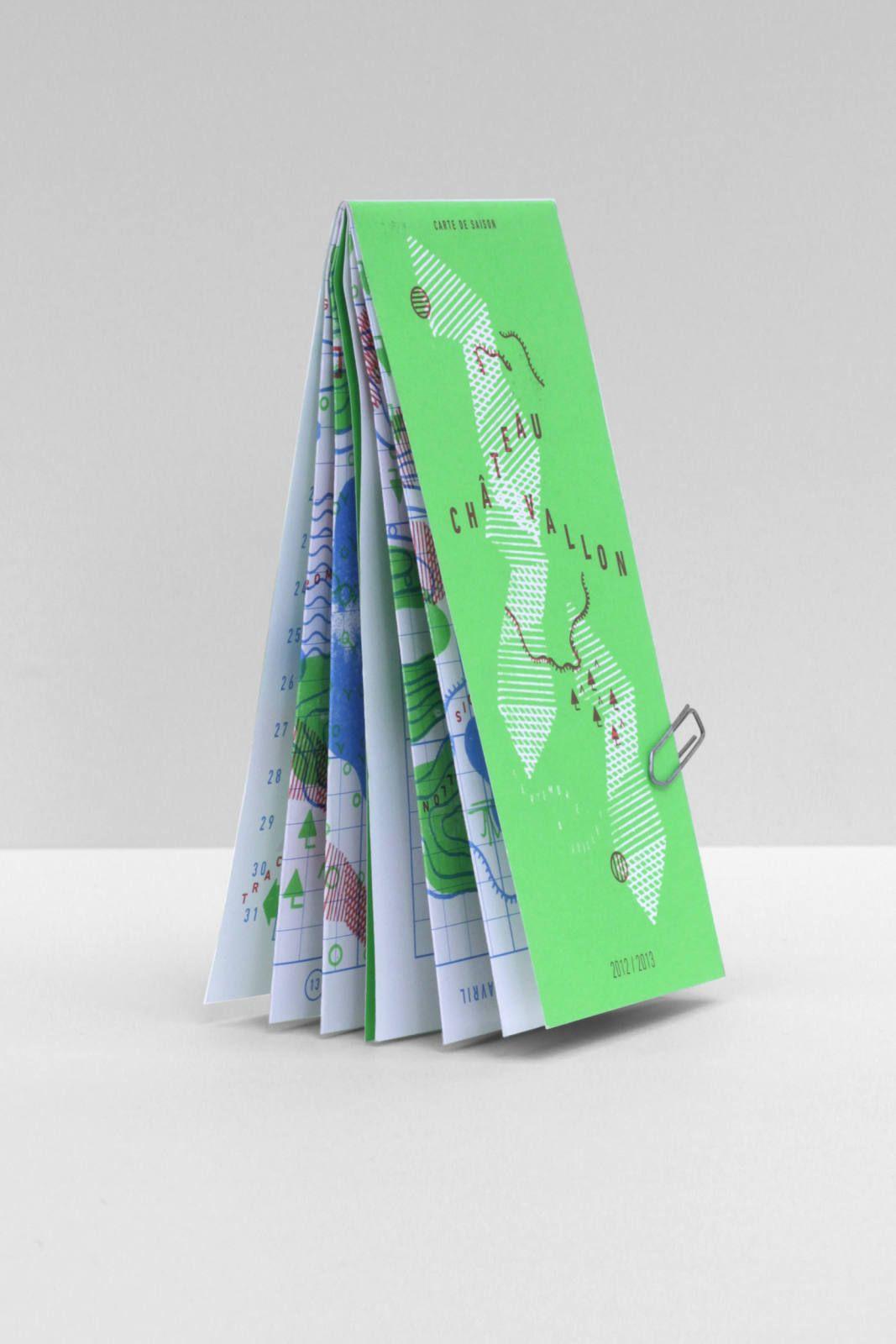 La carte de la saison 2012 et 2013 de Châteauvallon. Un objet hybride entre top...