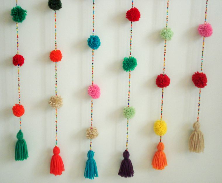 Cortina crochet Mil pompones multicolor. En https://ofeliafeliz ...