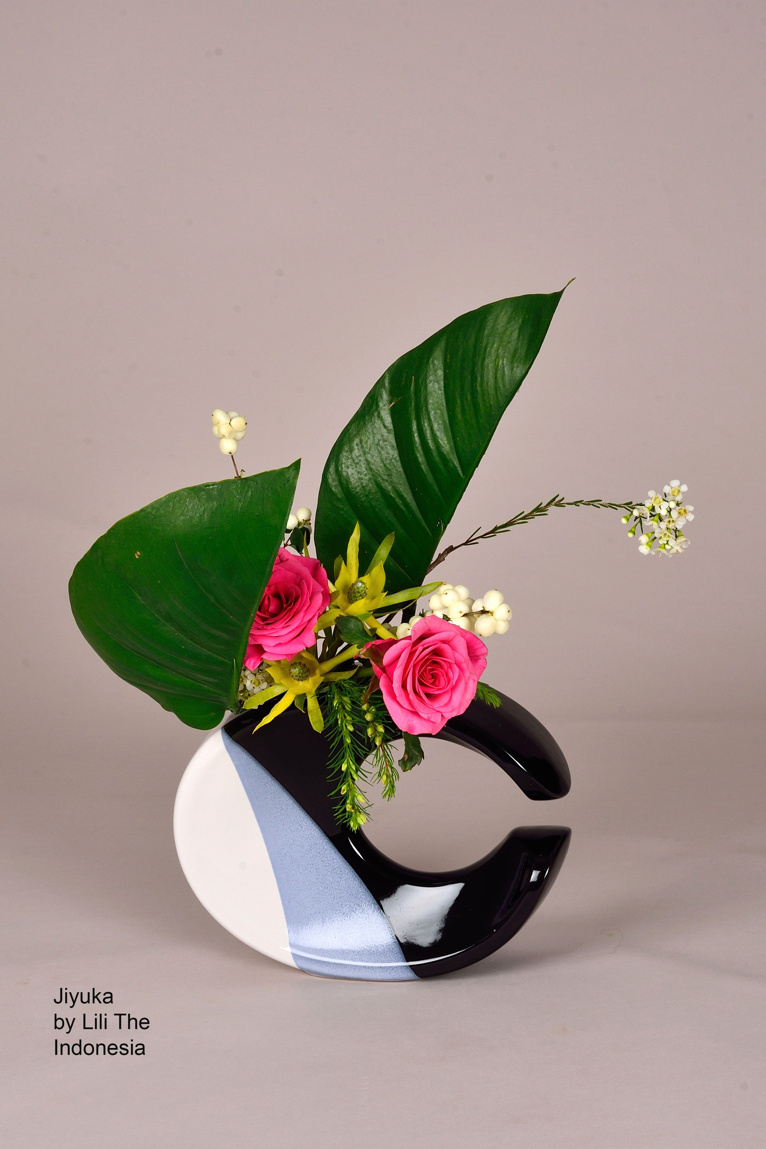 Jiyuka Ikebana Ikenobo By Lili The Indonesia Ikebana Pinterest