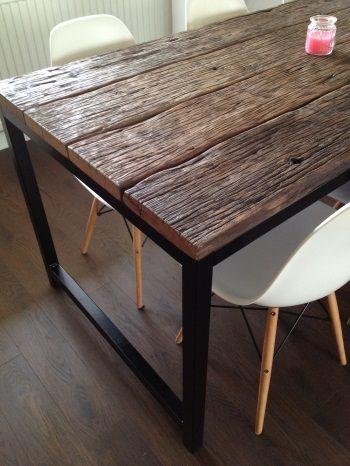 Oude Eetkamer Tafel.Eetkamertafel Oude Wagonplanken Geborsteld Tafel Maken In