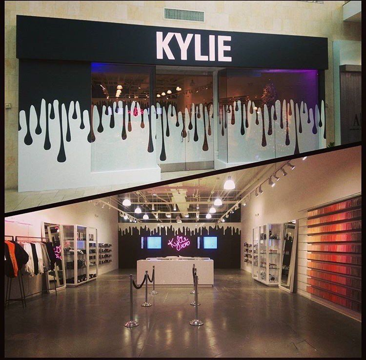 Beauty Fashion Outlet Crowley La: Saved By Ebony💗💖💗 From Marii 💞💖💞 Kylie Cosmetics Pop Up