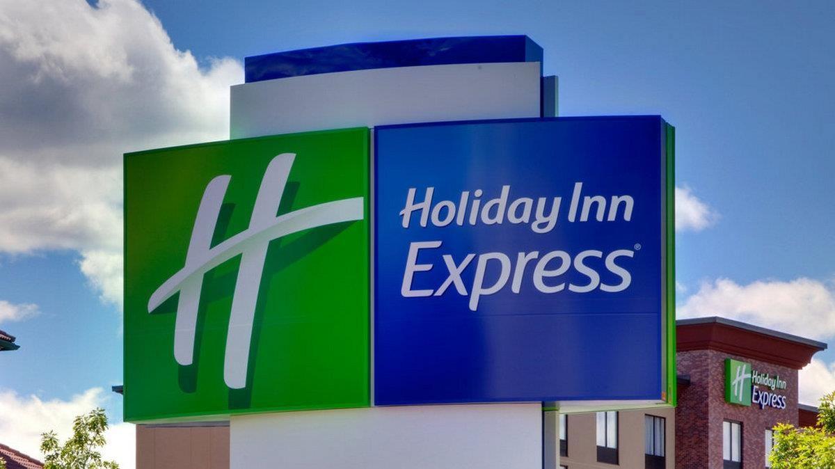 Benton (AR) Holiday Inn Express & Suites Bryant - Benton Area United ...