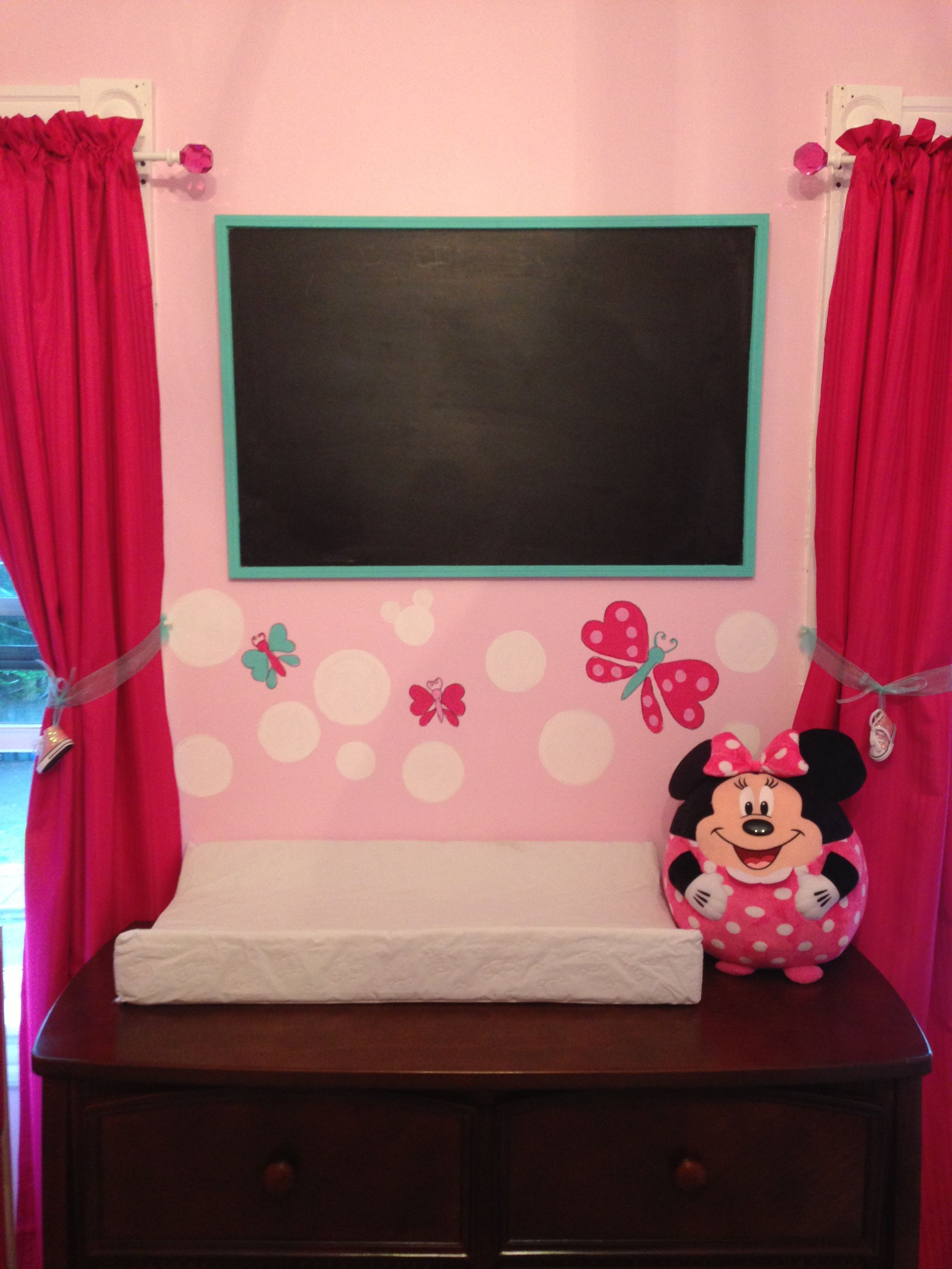 Minnie Mouse Bedroom Curtains Minnie Mouse Nursery I Like The Dark Pink Curtains Baby