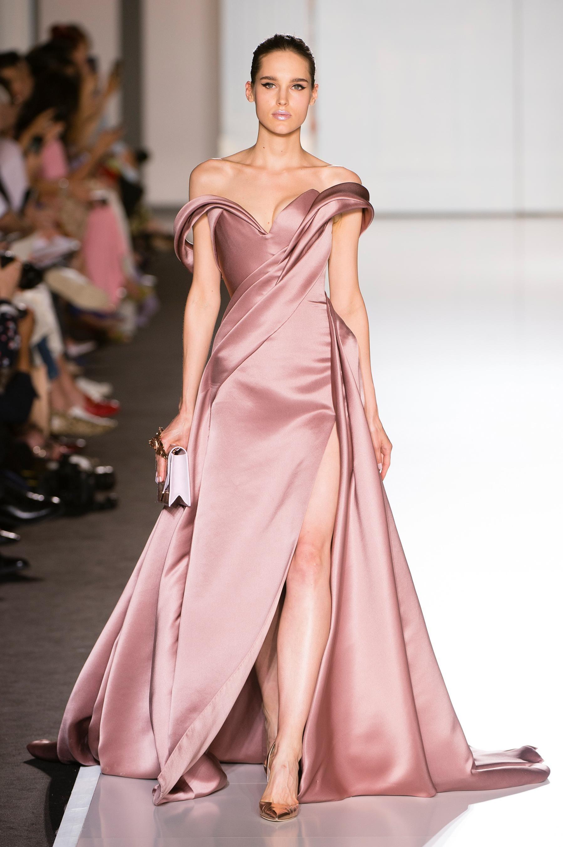 Perfecto Vestido De Novia De Cuello V Diosa Fotos - Colección de ...