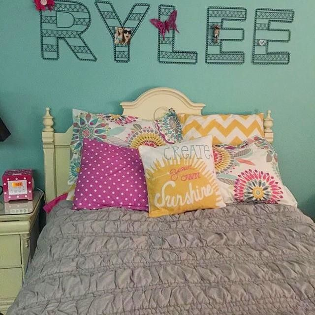 Rylee S Room Is Just A Ray Of Sunshine The Ruched Quilt